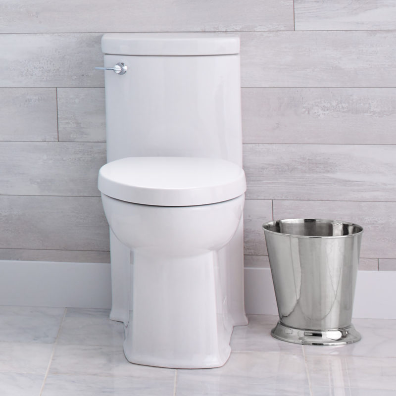 American Standard 2891128.020 – Boulevard – Elongated Toilet