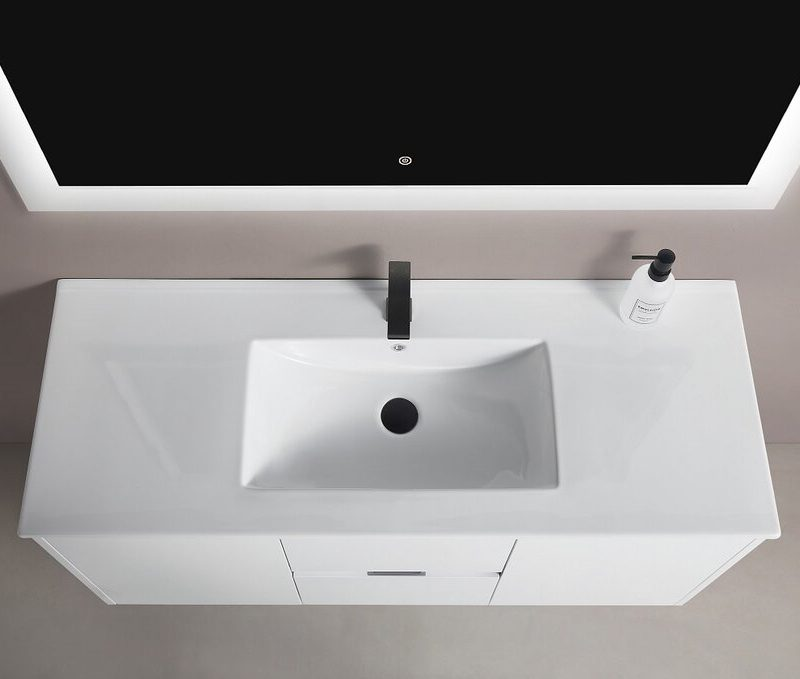 BAGNO ITALIA ZN605170 – Freestanding Bathtub 67″ x 32″ x 24″