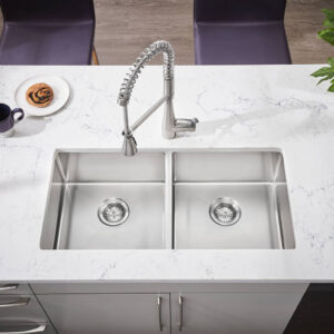 American Standard 4433350.002 - Quince 1-Handle Semi-Professional Kitchen Faucet