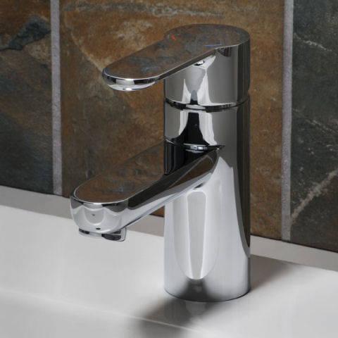 American Standard 2011101.002 - Pine Monoblock Faucet