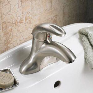 American Standard 7385050.002 - Reliant 3 1-Handle 4 Inch Centerset Bathroom Faucet - 0.5 GPM